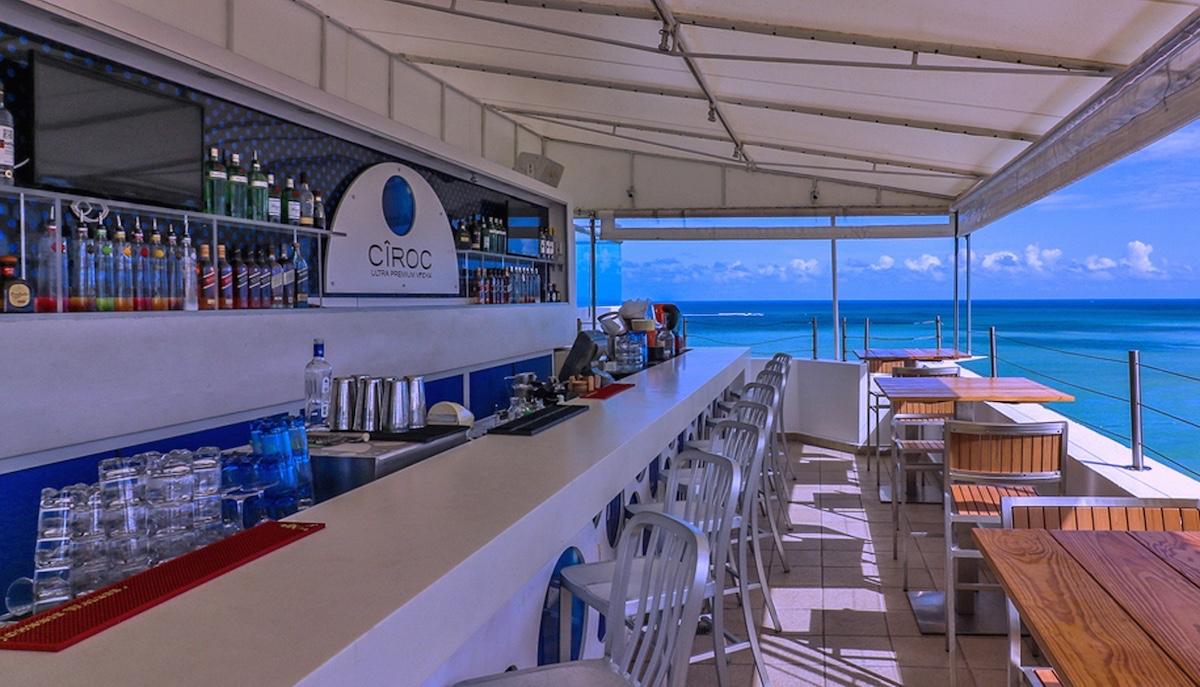 San Juan Mist Bar Water Beach Club