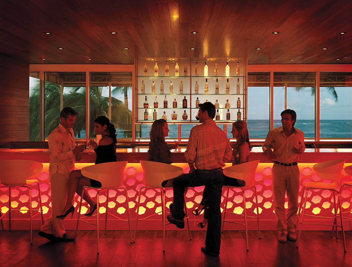 Condado Plaza Hilton, Eternal Lobby Lounge Bar, San Juan, Puerto Rico