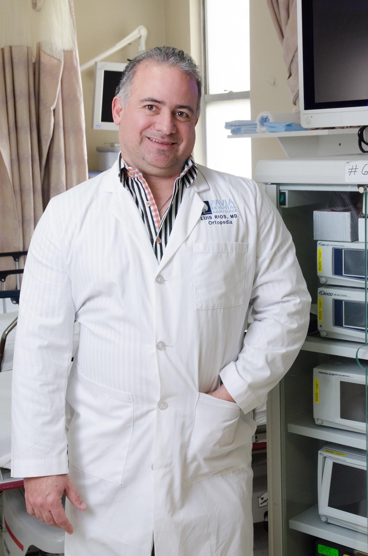 Dr. Luis Rios Reboyras, hand specialist and orthopedics director of Pavia Hospital Santurce.