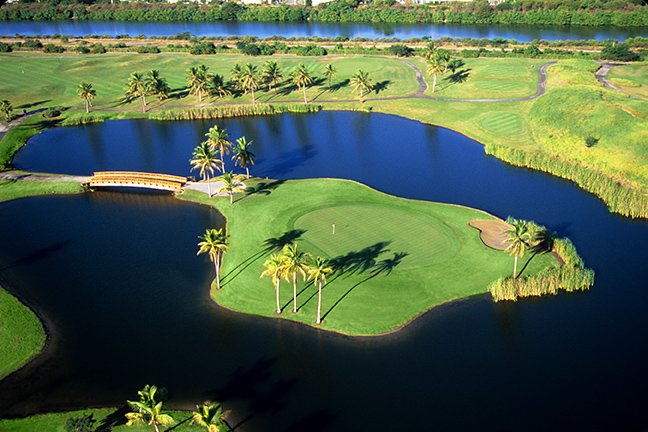 Costa Caribe Golf & Country Club in Ponce.