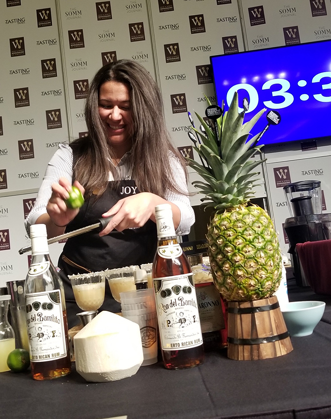 Puerto Rican mixologist Joymar Herrin took the People's Choice category with her concoction Sand Break at the Wine & Spirits Wholesalers of America in Las Vegas.