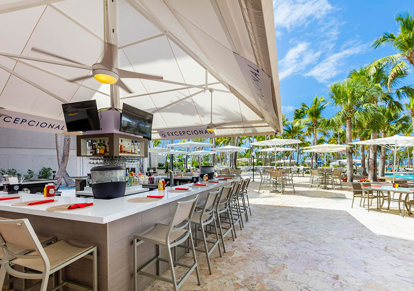 Some of the revamps at the Ponce Hilton Golf & Casino Resort include the lobby, which got new tropical style furniture, gardens and ambience and the El Bohio Sport and Pool Bar.